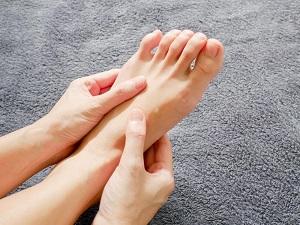 Kéz zsibbadás 11 oka, 4 fajtája és 4 kezelési módja