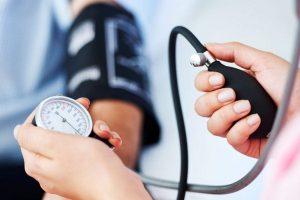 hipertónia és hipotenzió jelei