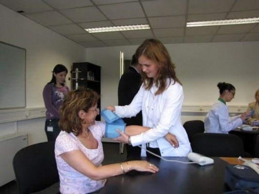 a magas vérnyomás nemzetközi napja érszűkítő gyógyszerek magas vérnyomás ellen