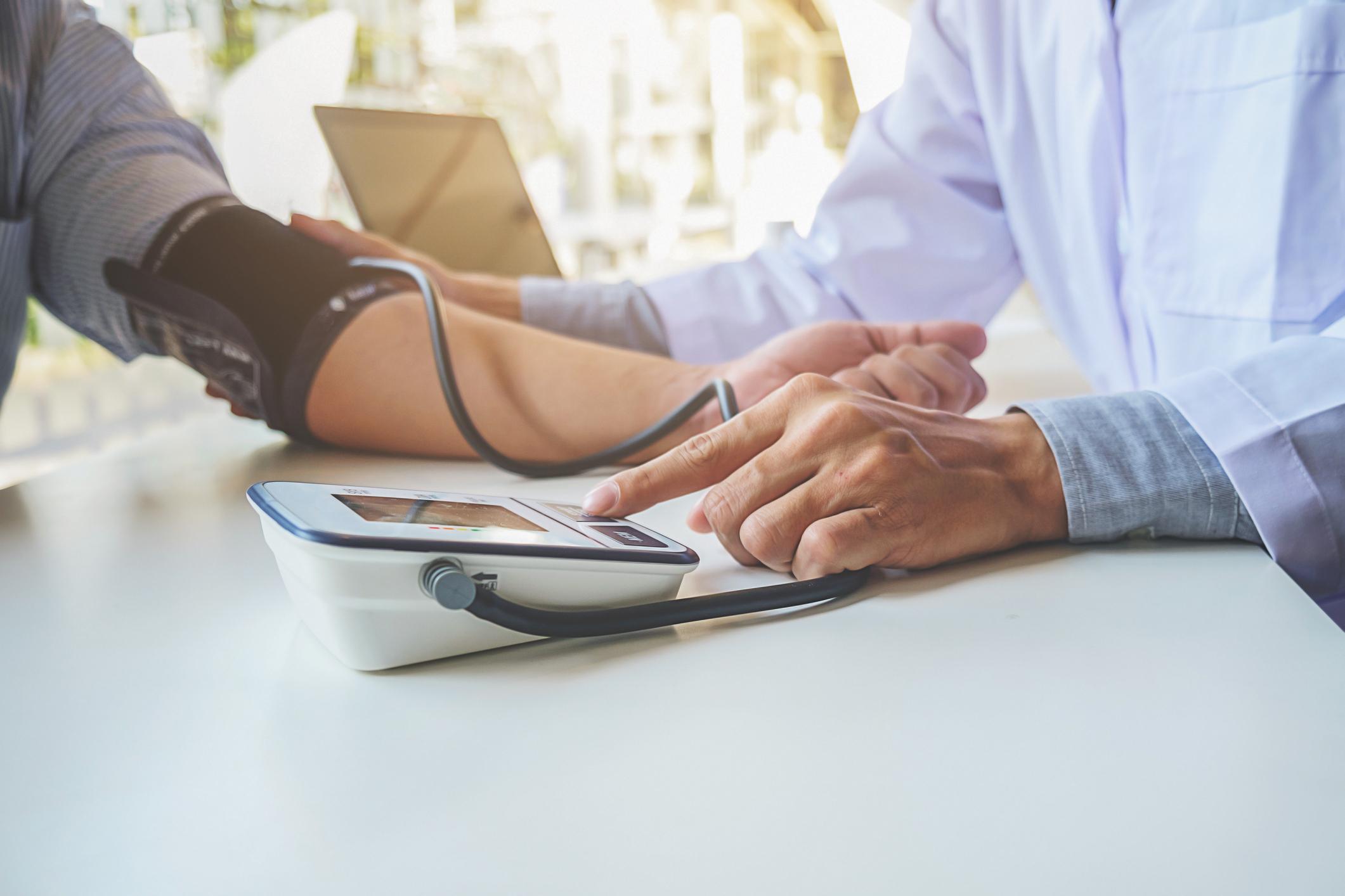 Hogyan kell megérteni a magas vérnyomást vagy az alacsony vérnyomást