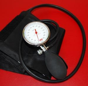 magas vérnyomás és elvei 2 magas vérnyomás 1 kockázat