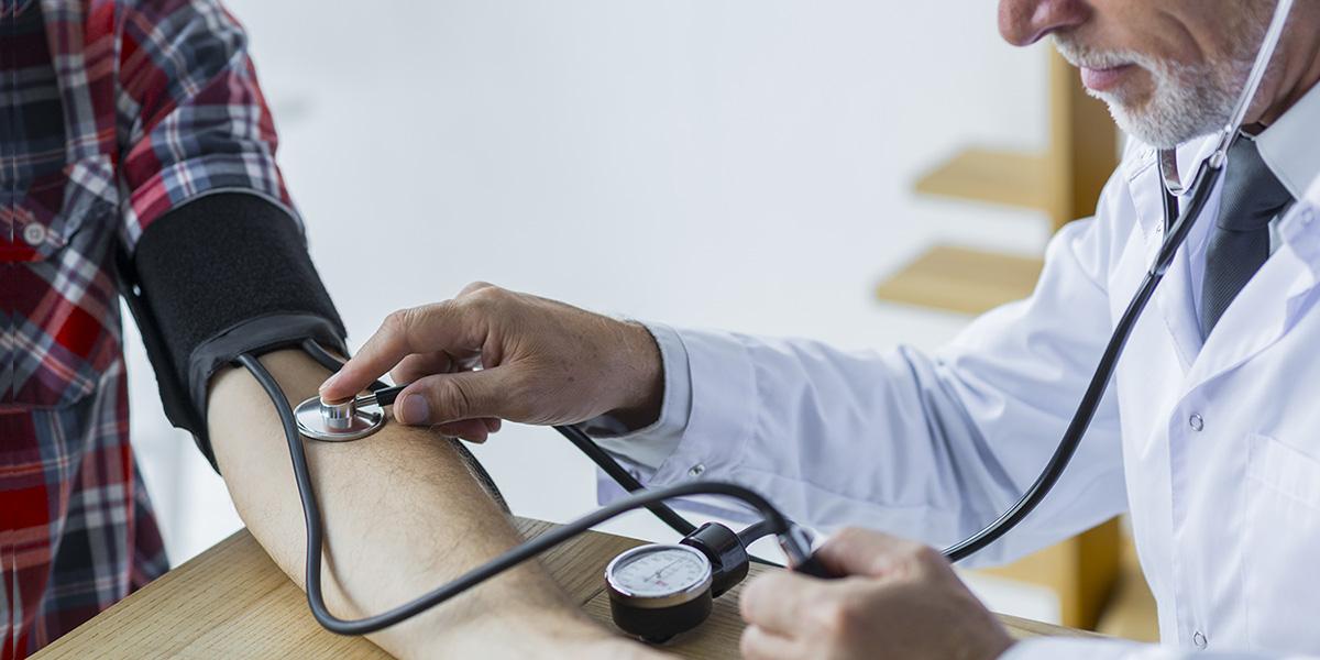 amikor a magas vérnyomás megkezdődik