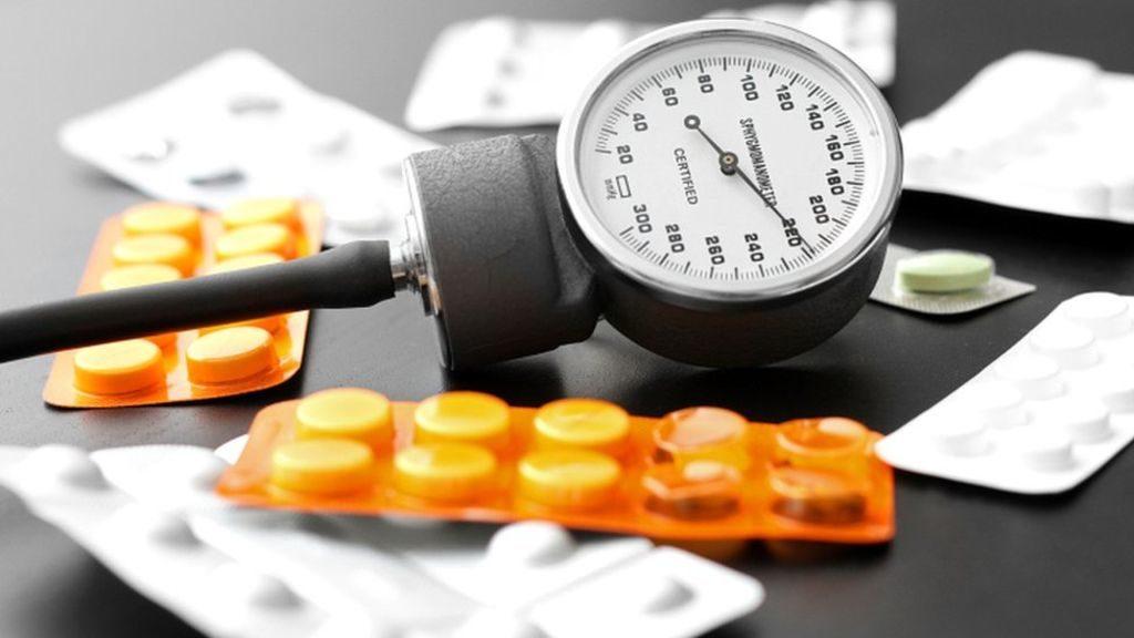 adelfán magas vérnyomás női betegségek és magas vérnyomás