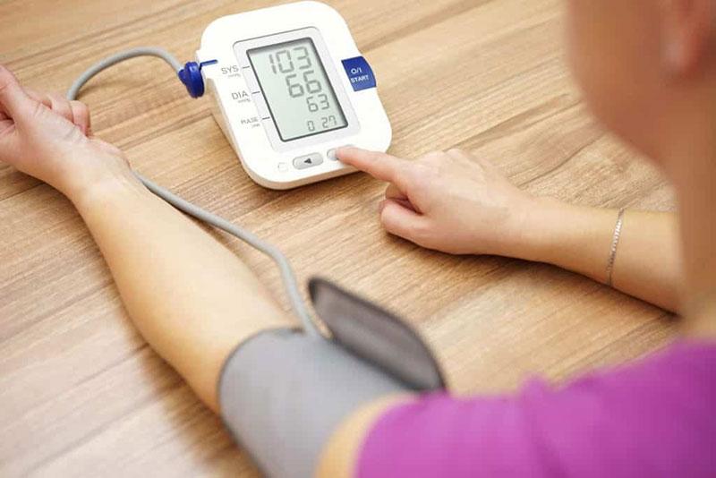 pamela és magas vérnyomás mit kell kezdeni alacsony pulzusszámmal magas vérnyomás esetén