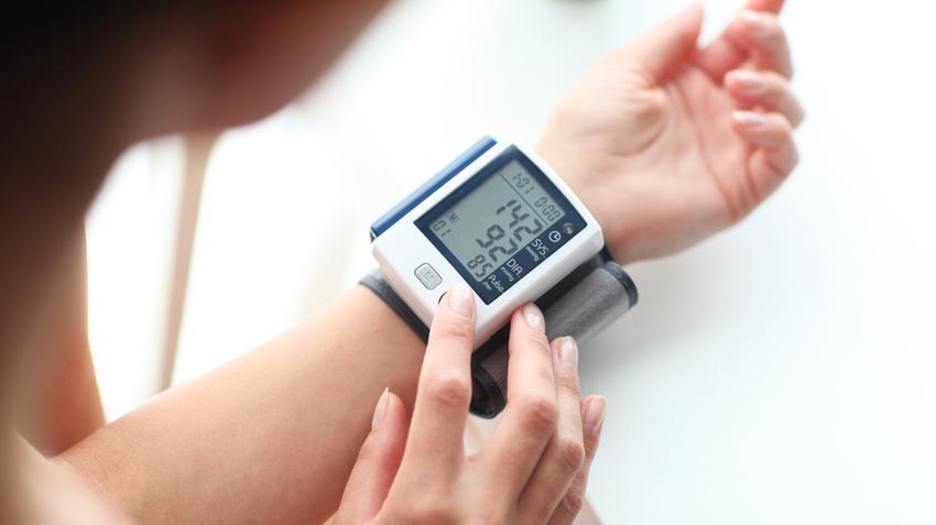 az első szakasz első fokú magas vérnyomása