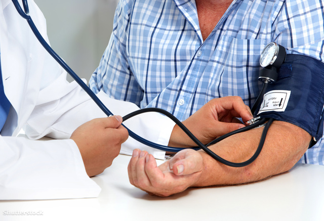 magas vérnyomás 3 stádium 1 kockázat vaszkuláris és magas vérnyomás kezelés