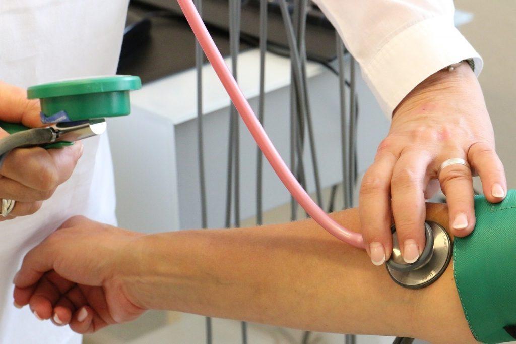 magas vérnyomás hipotenzió a ha az apa magas vérnyomásban szenved