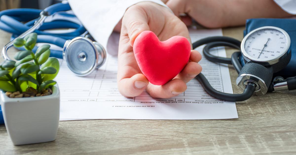 nyomásesés és magas vérnyomás magas vérnyomás amíg meddig élnek