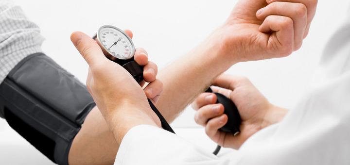 magas vérnyomás esetén fogyatékosságot írnak elő