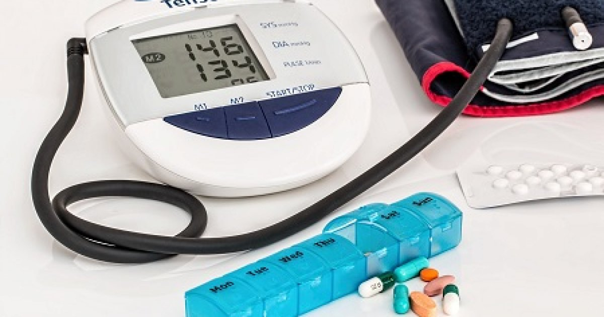 magas vérnyomás 2 fok 2 fokozatú kockázat-3 fülmasszázs magas vérnyomás esetén