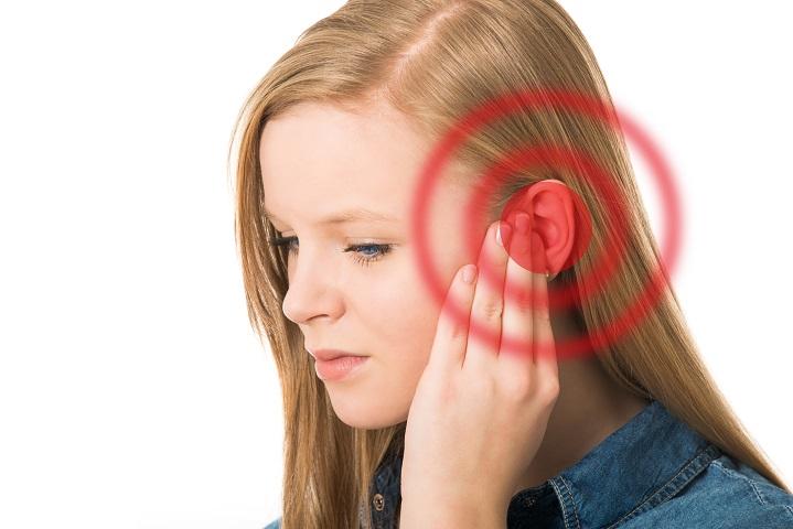 magas vérnyomás esetén a fül el van dugulva