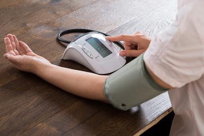Segít a csipkebogyó a magas vérnyomásban lehetséges-e sealexet venni magas vérnyomás esetén