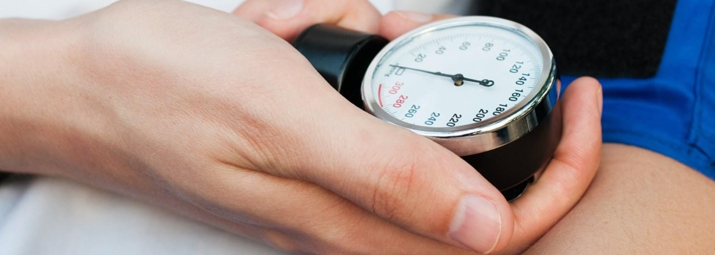 ha a magas vérnyomás 2 fok jódgyűrűk magas vérnyomás esetén