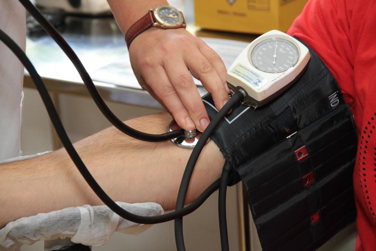 magas vérnyomás és hipodinamia