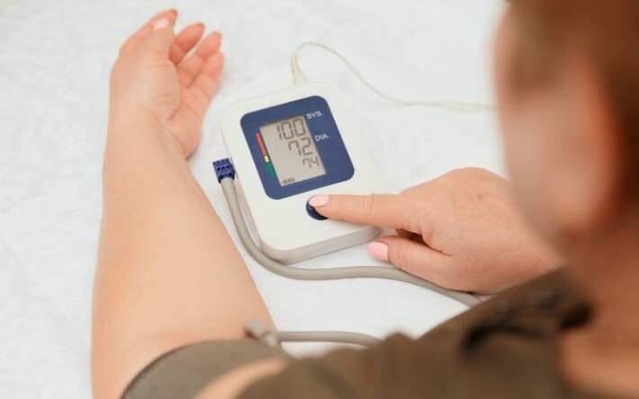 a magas vérnyomás éhség által történő kezelése magas vérnyomás esetén a fül el van dugulva